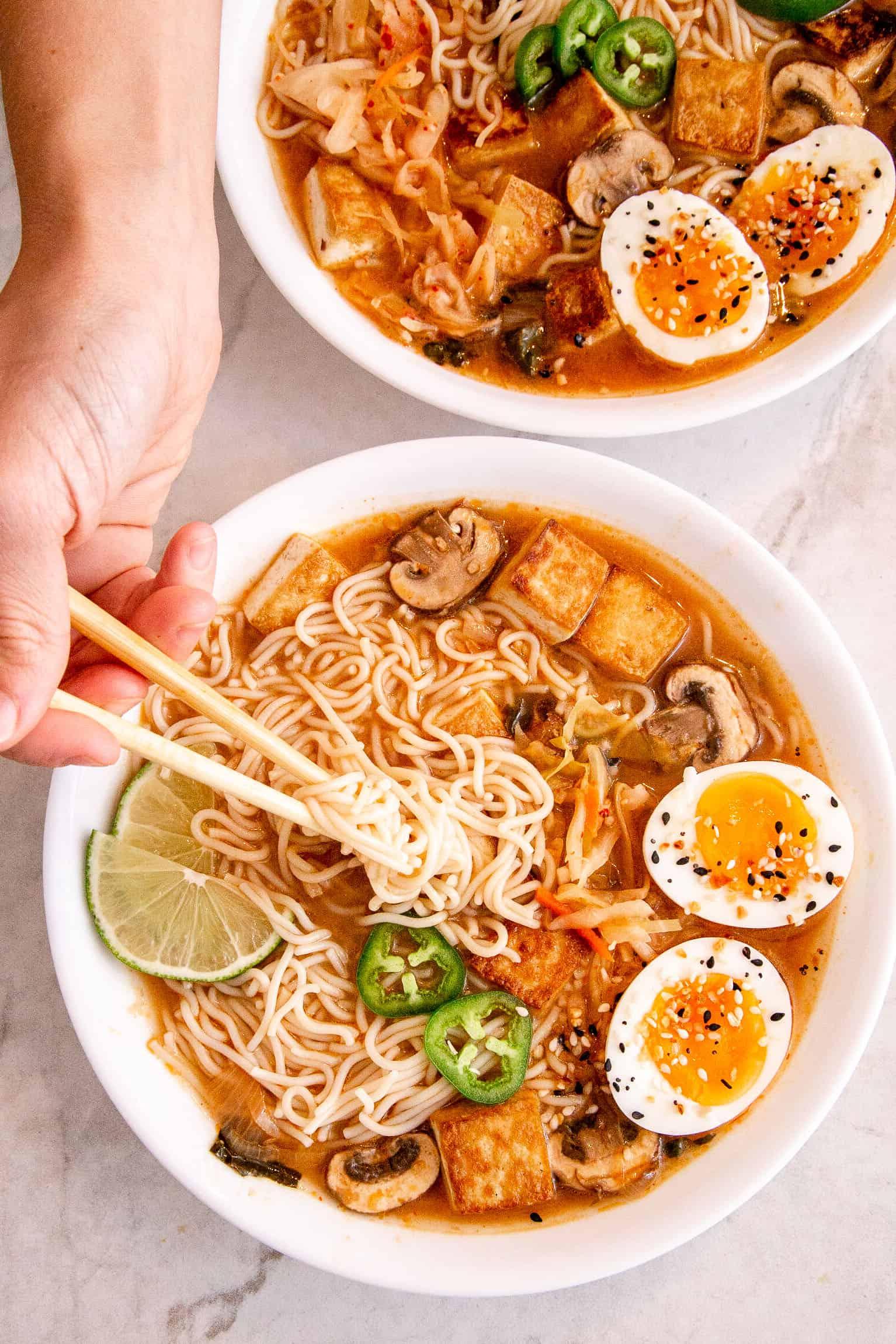 Kimchi Miso Ramen Recipe An Easy Plant Based Ramen With Fermented Kimchi Cultured Guru